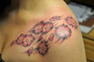 Fiori di pesco Tattoo