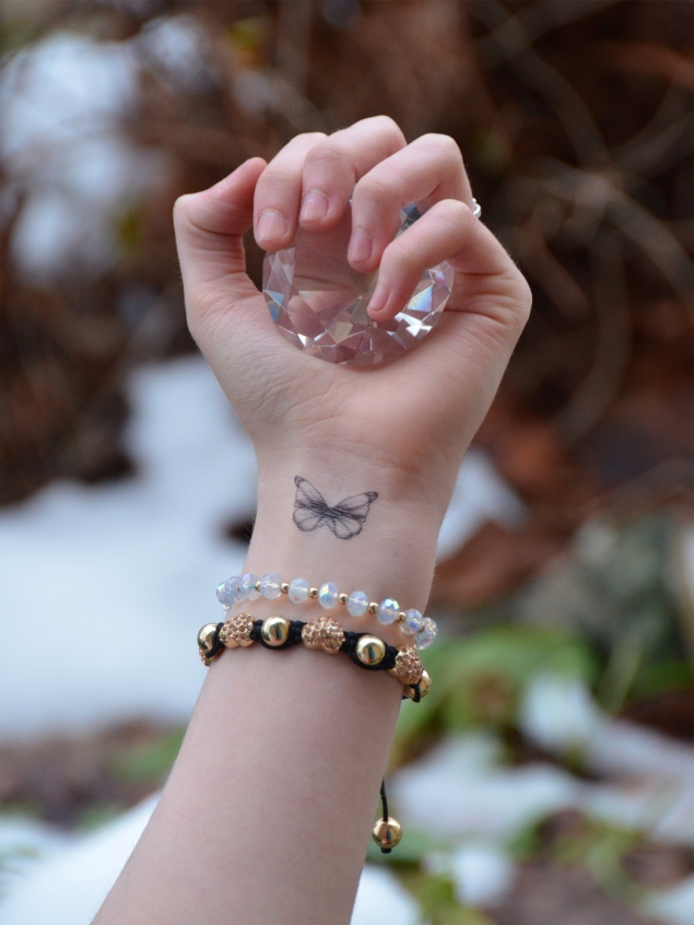 butterfly-tattoo-wrist-fake