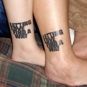 lettering-love-couple-tattoo