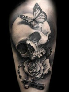 _cross_and_white roses_tattoo